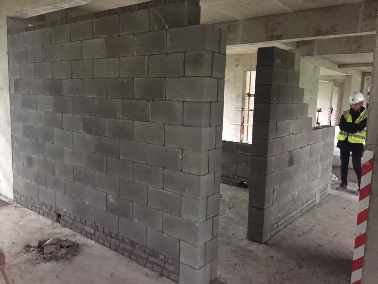 混凝土连锁空心砌块
